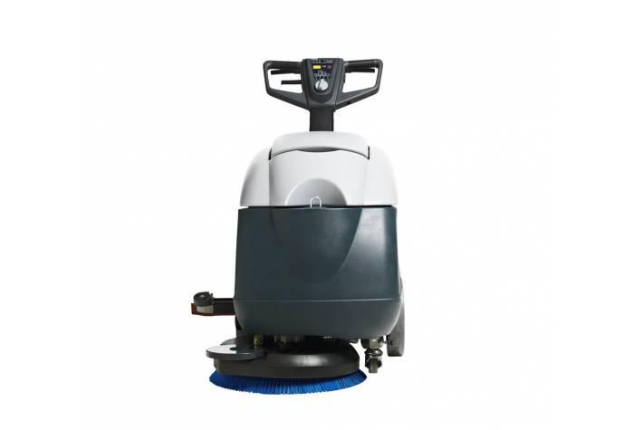 دستگاه اسکرابر و کف شوی SC400 از مقابل