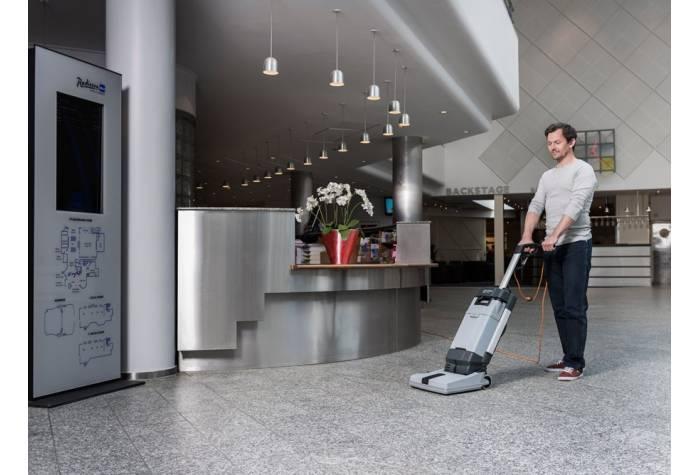 کاربرد اسکرابر SC100 E برای نظافت هتل