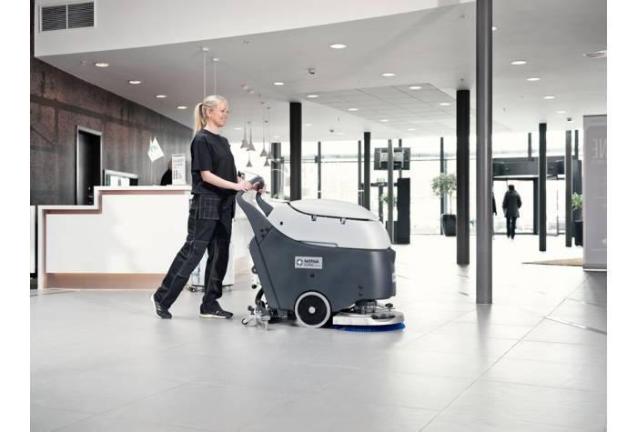 کاربرد دستگاه اسکرابر SC450E برای نظافت و شستشوی هتل ها
