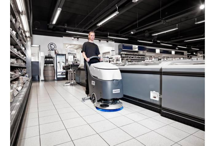 دستگاه اسکرابر SC450 B  با ظرفیت کاری مناسب ایده آل برای کاربرد در سوپرمارکت های بزرگ