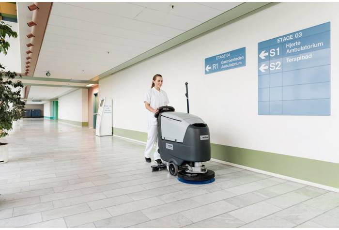 کاربرد دستگاه اسکرابر SC500 با سطح صدای کم در بیمارستان