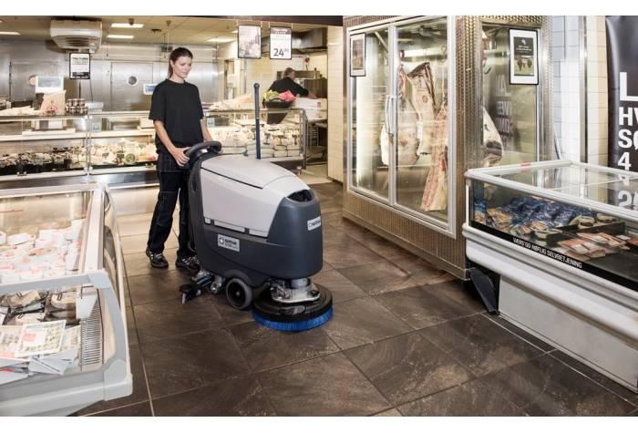 کاربرد دستگاه اسکرابر SC500 برای نظافت فروشگاه