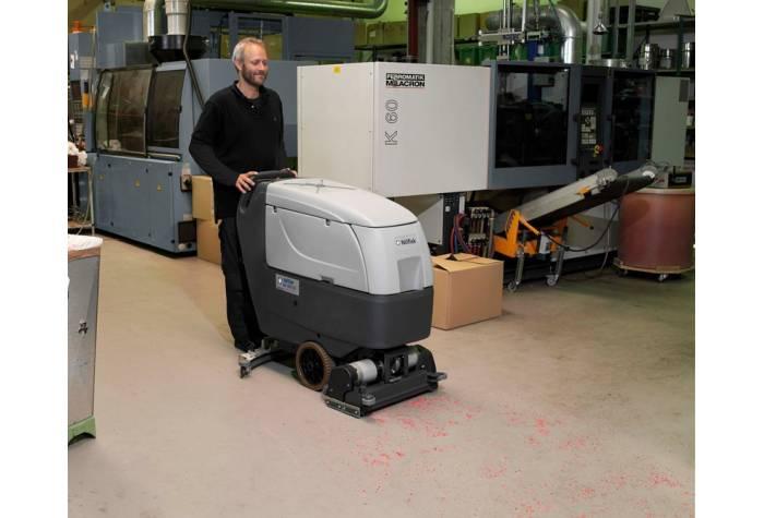 کاربرد دستگاه اسکرابر BA551CD بعنوان کفشور کارآمد در محیط پر گرد و خاک