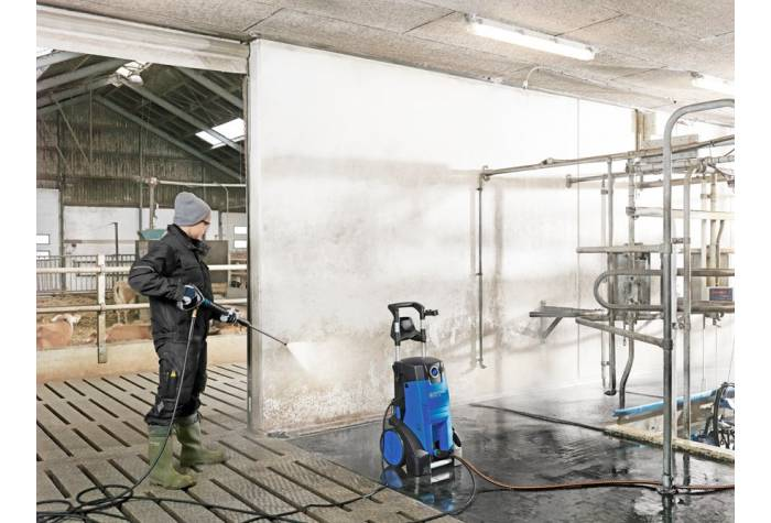 واترجت صنعتی MC 4M و از بین بردن آلودگی ها