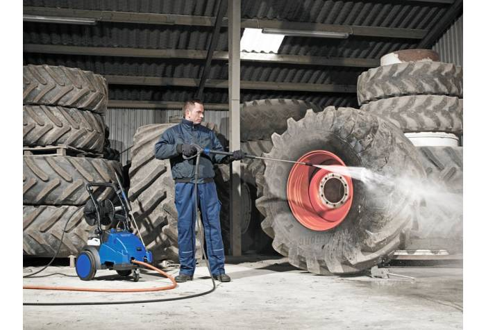 واترجت صنعتی MC 5M و شستشوی تجهیزات کشاورزی