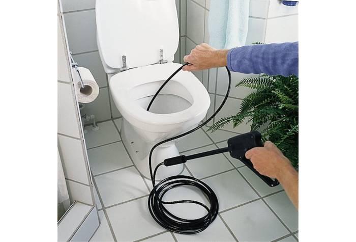 کارواش خانگی ارگونامیک و طرح ایستاده و تحرک زیاد نظافت را ساده و آسان گردانیده است