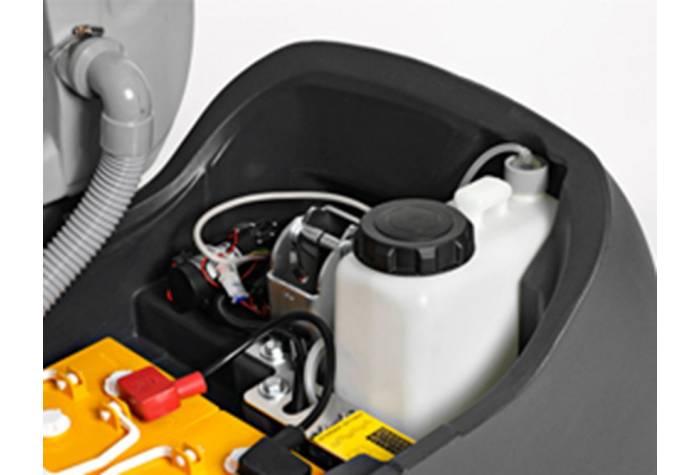 مخزن مجزا برای ماده پاک کننده در دستگاه اسکرابر BA 651 برای بهینه کردن مصرف در دستگاه کف شوی