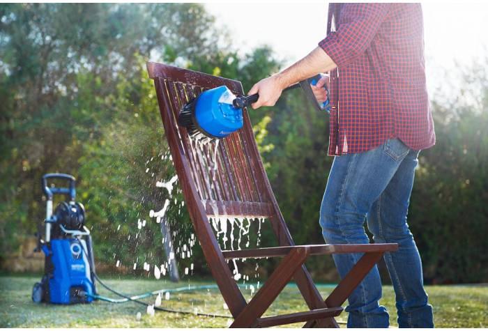 کارواش خانگی مناسب شستشوی ماشین و خانه سیار و حیاط های کوچک می باشد