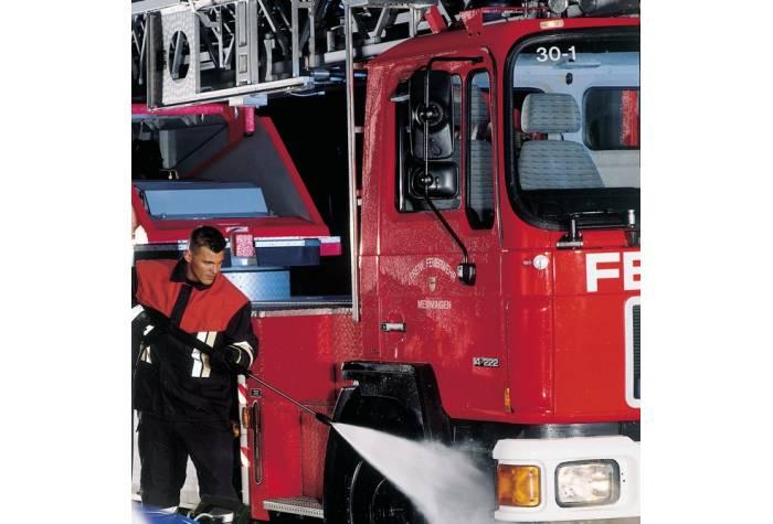 واترجت صنعتی SH TRUCK 5M-180/970 و از بین بردن آلودگی ها
