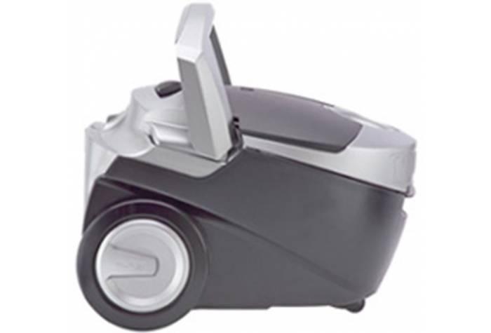جاروبرقی با قدرت موتور بالا و حجم کوچک توانایی بالایی در نظافت گردو غبار دارد