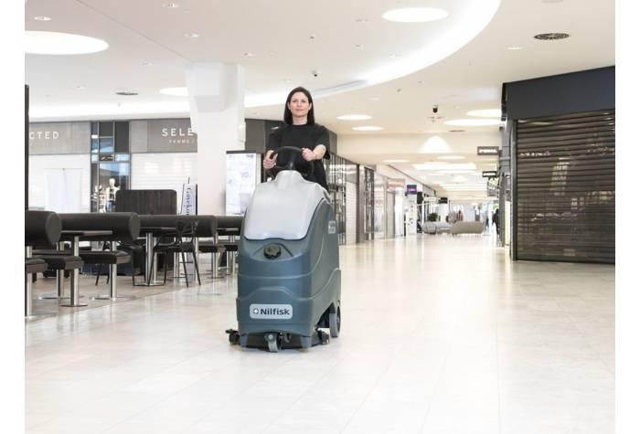 کاربرد دستگاه اسکرابر SC1500 در مرکز خرید
