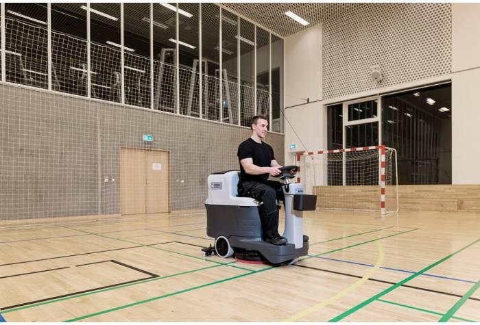 کاربرد دستگاه اسکرابر SC2000 در باشگاه ورزشی