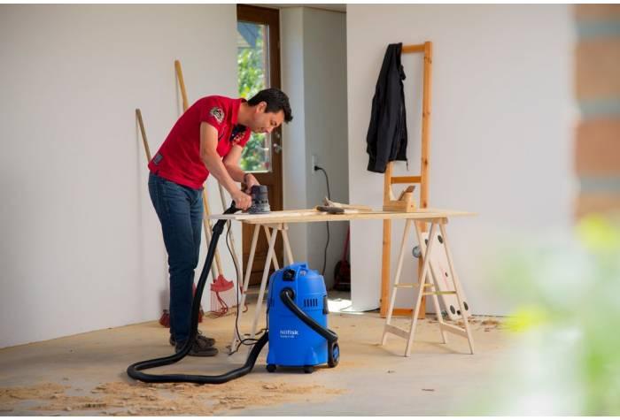 جاروبرقی آب و خاک مناسب استفاده در منزل  و ماشین کارگاه می باشد