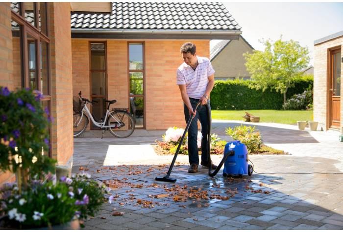 جاروبرقی آب و خاک قدرت موتور ویژه ای دارد که سبب نظافت در سطح عالی می شود