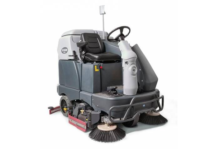 دستگاه اسکرابر SC6500 1100C دارای برس غلطکی و برسهای جانبی کارآمد در نظافت محیطهای صنعتی بزرگ