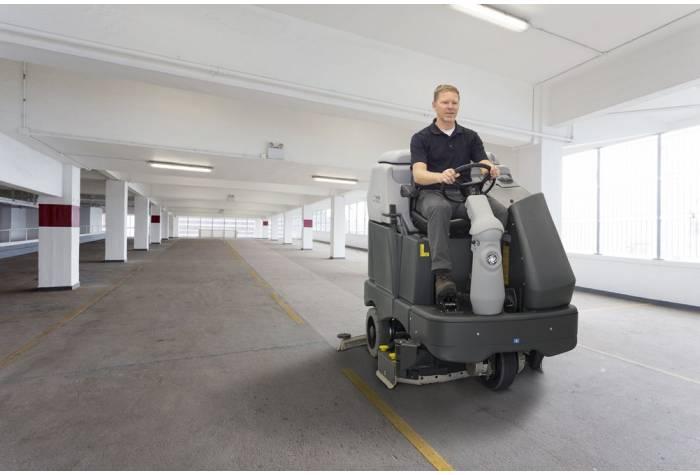 کاربرد دستگاه اسکرابر SC6500 1300D بعنوان کف شوی قدرتمند در پارکینگ های عمومی