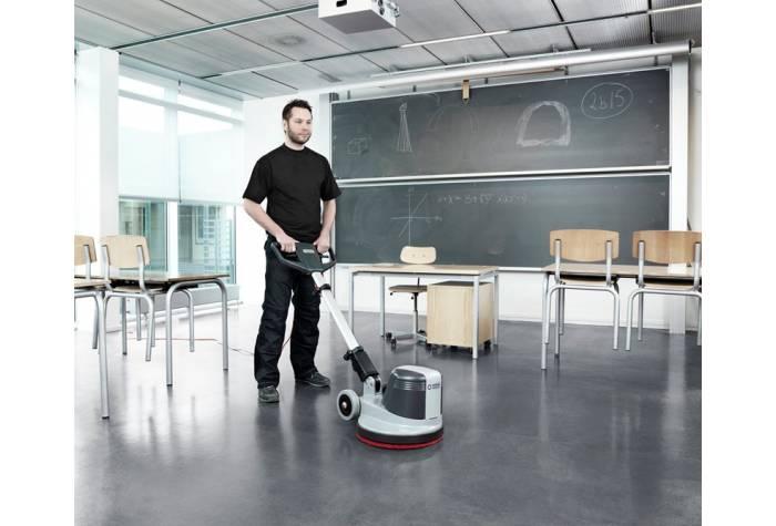 کاربرد دستگاه پولیشر FM400 D در محیط های پرتراکم همانند کلاس درس مدارس