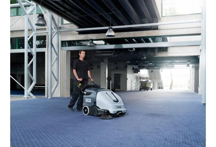 دستگاه سوییپر SW900 84P قابل کاربرد بر روی فرش و سطوح حساس