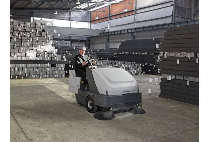 کاربرد سوییپر SR 1601 D در انبارهای صنعتی به دلیل بازده بالا و قدرت انجام سریع و موثر عملیات نظافت